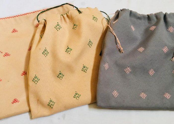 Les sacs fabriqués par les femmes